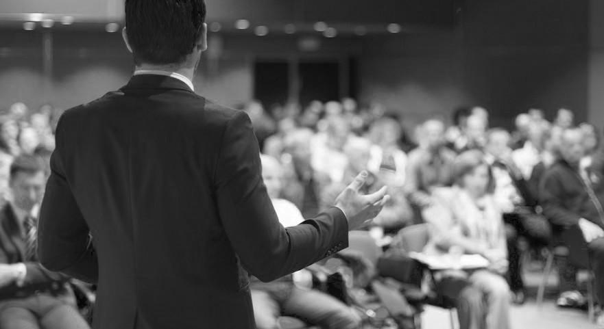 Hoe begin je een presentatie?